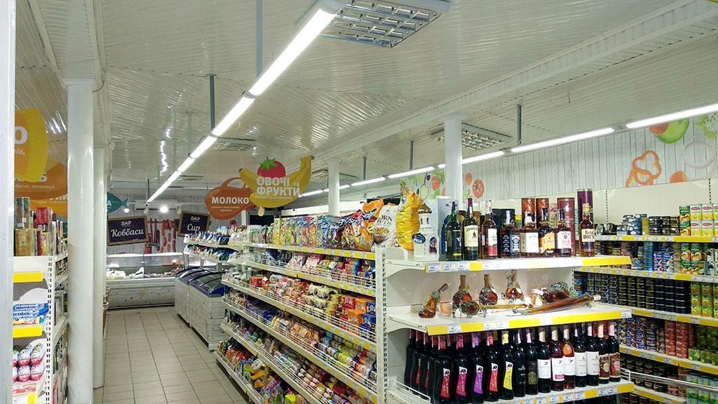 Стелаж в магазині ПІСЛЯ роботи з проектом stelazh.com.ua