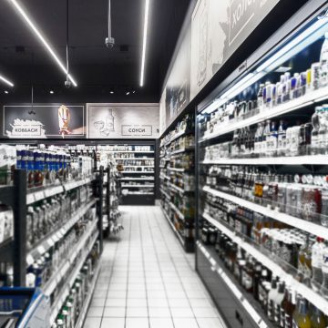 Стелаж - Редизайн і ребрендинг для магазину